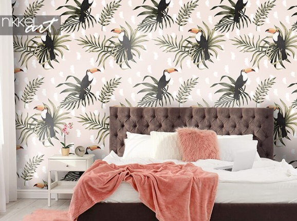 Wallpaper with toucans